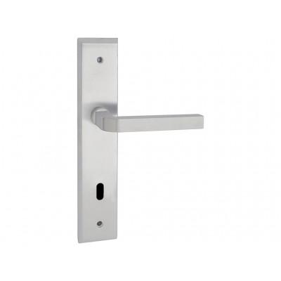 Ручка дверная на планке Q-Line